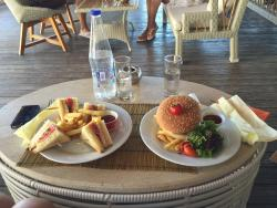 Theros Beach Bar