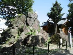 岩神稲荷神社