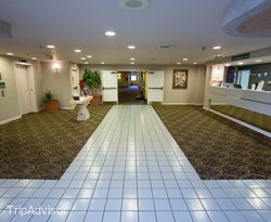 Lobby at the GuestHouse Inn & Suites Nashville/Music Valley