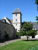 Domaine De La Tour Emeraude Bed And Breakfast