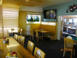 The Edge Pub & Eatery