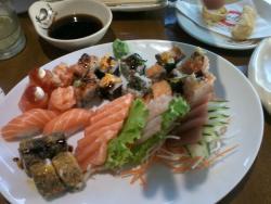 Hioshi Sushi