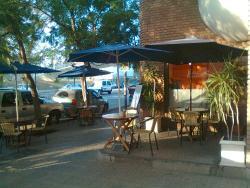 Boulevard Cafe & Resto