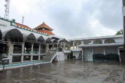 Sunan Giri Mosque and Tomb
