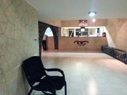 Kish Goldis Hotel