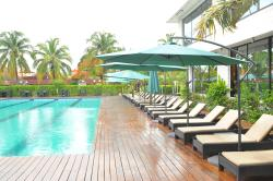 Riviera Royal Hotel