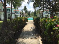 Walk to the beach from pool