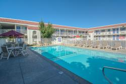 Motel 6 Redding South