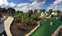 Dinosaur Escape Adventure Golf