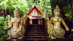 Pha Lat寺