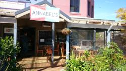 Annabel's Cafe