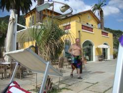 du restaurant vers la piscine