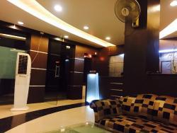OYO 3697 Hotel Rivieraa