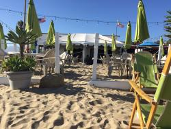 Perry's Beach Cafe and Rentals