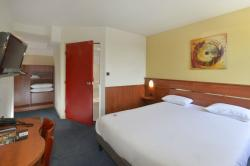 Brit Hotel Orléans St Jean de Braye – L'Antarès