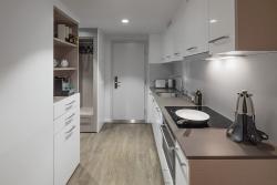 Base Suite kitchen