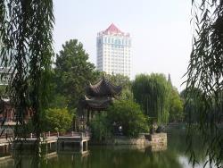 红叶大酒店