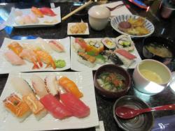 Sushi Bar Loy's