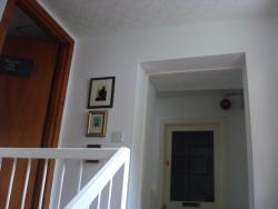 En haut de l'escalier