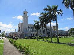 白い素敵な教会