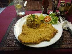 Zum Schnitzelwirt Restaurant & Bar