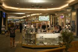 Kentucky Oaks Mall