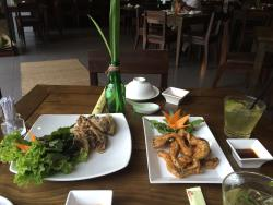 Doa Sen Vang Vegan Restaurant