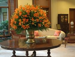 Flowers in Lobby - Nice matching soft furnishings .