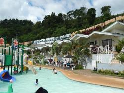 Alindahaw Lakeview Resort
