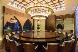 Restaurant Grand Ball Room