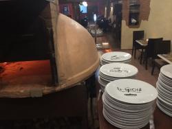 La Gioia Restaurant & Pizzeria