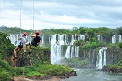 ‪Abseiling in the Iguacu Canyon‬