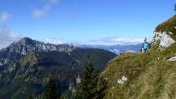 Walk Slovenia (153382872)