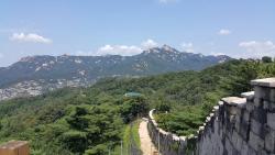Bugaksan Seoul Fortress
