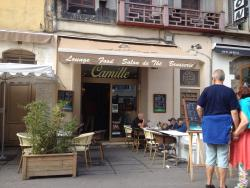 Camille Lounge