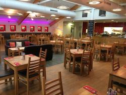 Cafe Oswald's