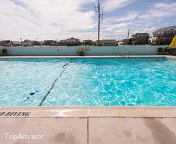 The Pool at the Days Inn Kill Devil Hills Oceanfront - Wilbur