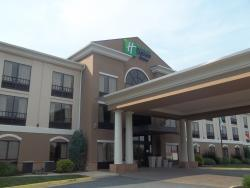 ‪Holiday Inn Express Hotel & Suites Winchester‬
