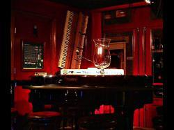 Pianobar Maxim