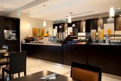 Holiday Inn Express Dubai Jumeirah