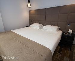 The Double Room at the Hotel Aida Marais