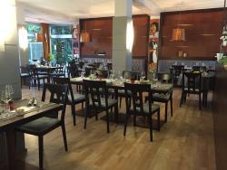 Restaurant Savory