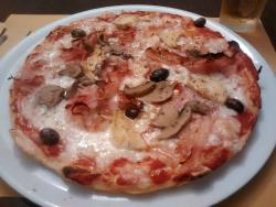 Trattoria Pizzeria Zinzana