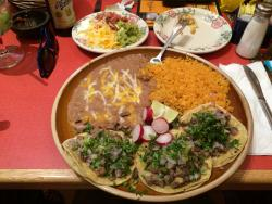 Vaqueros Mexican Restuarant & Taqueria