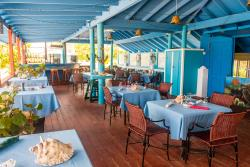 SeaGrapes Beach Bar & Restaurant