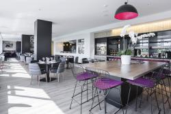 MRepublic Restaurant, Bar and Lounge