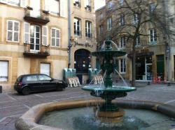 Cafe Jehanne d'Arc