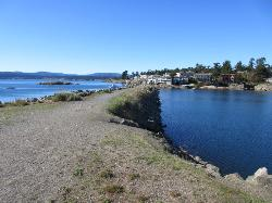 Macaulay Point Park