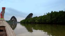 Khao Khanap Nam Cave