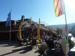 Eis Cafe Carola